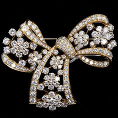 Shop diamond and pearl brooches and other antique and vintage brooches from the world's best jewelry dealers. Bow Jewelry, Art Deco Jewelry, High Jewelry, Crystal Jewelry, Jewelery, Silver Jewelry, Jewelry Design, Egyptian Jewelry, Egyptian Art