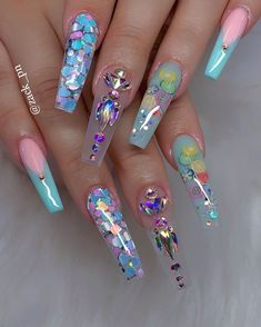 eye catching nail art designs summer in 2019 - letme beauty nails i Bling Acrylic Nails, Best Acrylic Nails, Summer Acrylic Nails, Glam Nails, Dope Nails, Rhinestone Nails, Bling Nails, Acrylic Nail Designs, Nail Art Designs