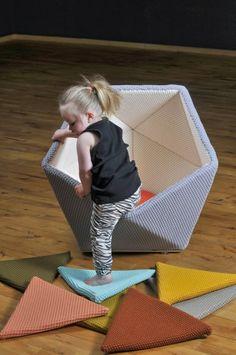 Ta.Ta. Unconventional Design For Kids: UN CALDO RIFUGIO