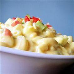 Salade de macaroni crémeuse @ qc.allrecipes.ca