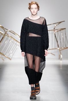 Julien David   Fall 2014 Ready-to-Wear Collection   Style.com