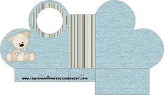 http://fazendoanossafesta.com.br/2011/12/ursinho-fofinho-azul-e-marrom-kit-completo-com-molduras-para-convites-rotulos-para-guloseimas-lembrancinhas-e-imagens.html/