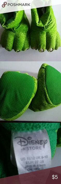 Kids monsters inc slippers Green kids monsters inc slippers size 11/12 in great condition Disney Shoes Slippers