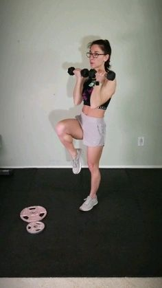 Intense full body workout with weights Challenge yourself with this advanced full body workout with dumbells. Add this fat burning exercise to your strength training gym or at home workout plan all you need is a pair of dumbells. Home Workout Videos, Body Workout At Home, At Home Workout Plan, At Home Workouts, Body Workouts, Workout Exercises, Dumbbell Workout, Boxing Workout, Workout Plans