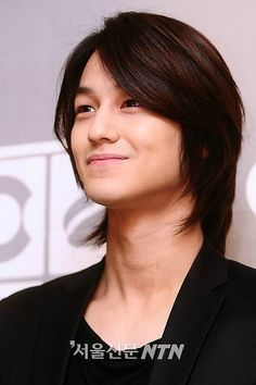 Loveeeee his hair! Kim Bum, Boys Before Flowers, Boys Over Flowers, Korean Wave, Korean Star, Asian Actors, Korean Actors, Los F4, Gorgeous Men