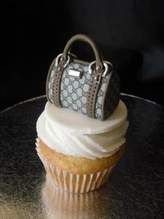 Each french vanilla cupcake is topp. French Vanilla Cupcakes, Makeup Cupcakes, Luggage Cake, Bag Cake, Purse Cakes, Gucci Cake, Love Cupcakes, Decorated Cupcakes, Fashion Cupcakes