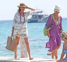 Carolina de Mónaco, vacaciones en Saint Tropez 2013.- Saint Tropez, Royal Fashion, Fashion Over, Travel Attire, Princesa Carolina, Monaco Royal Family, Royal Clothing, Summer Set, Charlotte Casiraghi