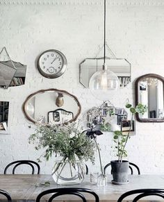 16 Inspiring Gallery Wall Ideas - NordicDesign