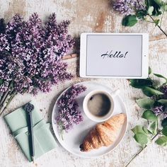 Nadire Atas on Cafe , Tea, Desserts and Lovely Flowers Dominika Brudny I Love Coffee, Coffee Break, Morning Coffee, Coffee Shop, Coffee Cups, Sunday Morning, Flat Lay Photography, Coffee Photography, Cake Photography