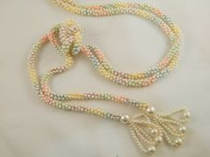 Vintage Pearl Necklace / Pastel Pearl Bead Flapper Jewelry by VintageBaublesnBits, $24.00