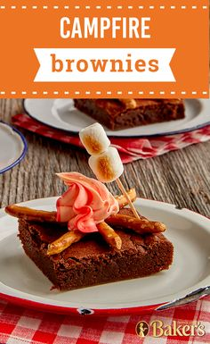 Campfire Brownies For a summer night of fun check out this playful dessert recipe. With a bonfire theme these sweet treats will have you saying goodbye to smore and are sure to put a smile on your kids faces. Brownie Recipes, Cookie Recipes, Dessert Recipes, Lunch Recipes, Healthy Recipes, Yummy Treats, Sweet Treats, Oxtail Recipes, Good Food