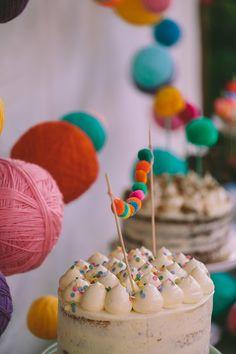 Ιδεες για μια πολυχρωμη βαπτιση - EverAfter Foto Baby, Baptism Ideas, Baptisms, Baby Party, Christening, Party Ideas, Colorful, Babies, Weddings