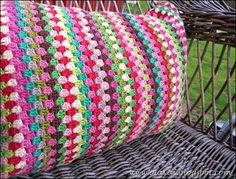 DIY Crochet Pillow --- If only I knew how to crochet.