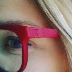 Compliments coming from windows and doors to my new kokosoms with a new darker shade of red colouring. Eyewear love! #lusheyewear #kokosom #redeywear #new-in