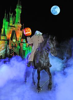 The Headless Horseman Rides at Mickey's Not-So-Scary Halloween Party #MNSSHP