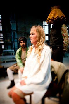 Draussen vor der Tür | Theaterfotografie Menschen http://www.ks-fotografie.net/