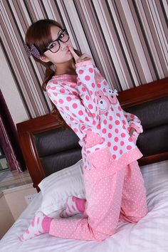 #Women's Thick Bear Print Dots...    like pin or repin