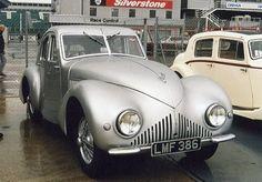 1939 Aston Martin Atom ✏✏✏✏✏✏✏✏✏✏✏✏✏✏✏✏ IDEE CADEAU / CUTE GIFT IDEA  ☞ http://gabyfeeriefr.tumblr.com/archive ✏✏✏✏✏✏✏✏✏✏✏✏✏✏✏✏