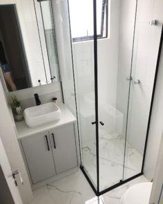 Simple Bathroom Designs, Bathroom Design Small, Bathroom Layout, Bathroom Colors, Bathroom Sets, Bathroom Interior Design, Home Interior, Modern Bathroom, Master Bathrooms