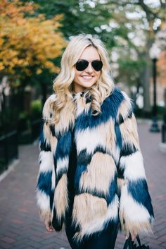 Fall Outfit Inspiration | Fur Vest | Fashion Trend | Ways to Wear | Style Fur | OOTD | Fur Jacket | Fur Coat | Street Style