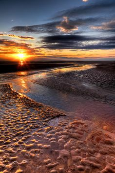 ✮ Sunset over Welsh Beach, North Wales, UK