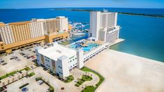 Ship Island Excursions offers ferry services and family friendly cruises to West Ship Island from Gulfport and Biloxi, MS for a quality beach trip. Biloxi Casino, Water Parks In Mississippi, Mississippi Tourism, Margaritaville Resort Biloxi, Biloxi Beach, Family Friendly Cruises, Swim Up Bar, Rivage
