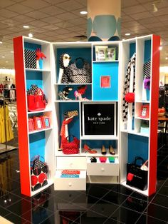 Something about this kate spade compartment display....