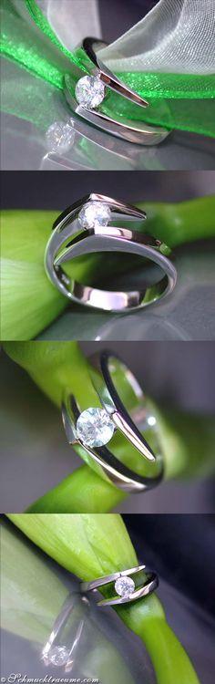 Interesting Diamond Engagement Ring - 1 Solitair Diamond, 0.36 ct. G VS, WG-18K - Visit: schmucktraeume.com