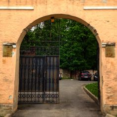 Outside the walls is nothing new. Inside the same as outside #spb #gate