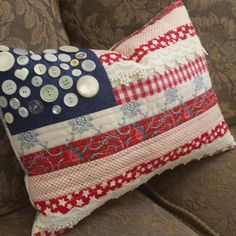 Sewing Projects To Sell About a week before the I got into making some table runners for independence day to sell, and one for my own table. I practiced my fr. Americana Crafts, Patriotic Crafts, July Crafts, Patriotic Party, Fourth Of July Decor, 4th Of July Decorations, July 4th, Quilting Projects, Sewing Projects