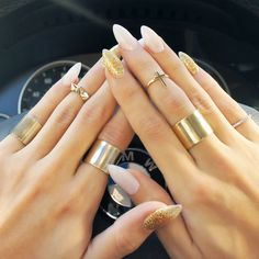 In love with these stiletto nails!