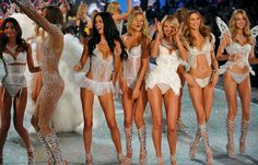 51 Thoughts You Have Watching the Victoria Secret Fashion Show