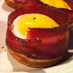 Egg, bacon and toast cups! I made these in a muffin tin this morning. Delicious and easy!