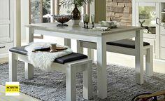 Rozkládací jídelní stůl inspirovaný stylem Provence, hodí se do podobně laděných interiérů. Je vyrobený z kvalitního a odolného lamina v dekoru pinie. Zaujme netradiční barevnou kombinací bílé a šedé. Stůl lze rozložit na šířku 240 cm. Sofa Design, Lima, Provence, Dining Bench, Furniture, Home Decor, Products, Pine Tree, Sofa Set