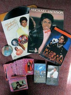 Michael Jackson Memorabilia Set-pins,cards,books,folder,cassettes,stickers - http://www.michael-jackson-memorabilia.com/?p=14951
