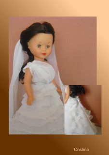 Nancy Famosa: Patrones y tutoriales vestidos Nancy Vestidos Nancy, Nancy Doll, Doll Accessories, Perler Beads, Doll Clothes, Flower Girl Dresses, Dolls, Wedding Dresses, Outfits