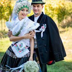 vojvodina kroj - Căutare Google Victorian, Costume, Popular, Google, Dresses, Fashion, Victorian Dresses, Vestidos, Moda