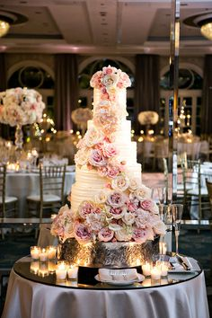 Nicole & Spencer's Elegant Beverly Hills Wedding Wedding Cake Extravagant Wedding Cakes, Blush Wedding Cakes, Pretty Wedding Cakes, Amazing Wedding Cakes, Wedding Cakes With Cupcakes, Elegant Wedding Cakes, Wedding Cake Designs, Blush Weddings, White Weddings