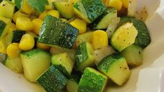 Fresh Corn and Zucchini Saute Recipe - Fresh corn and zucchini are pan-fried in butter, creating a lovely side dish perfect for summer evenings. Zucchini Side Dishes, Veggie Dishes, Food Dishes, Zucchini Bread, Recipe Zucchini, Zucchini Squash, Zucchini Fries, Grilled Zucchini, Tasty Dishes