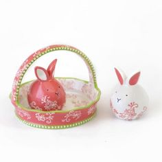 temp-tations® by Tara: Floral Lace Bunny and Basket Salt & Pepper Set