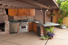 Basic Kitchen Area Concepts For Inside or Outside Kitchen areas – Outdoor Kitchen Designs Outdoor Cooking Area, Build Outdoor Kitchen, Outdoor Kitchen Countertops, Outdoor Kitchen Design, Outdoor Kitchens, Kitchen Cabinets, Outdoor Stove, Luxury Kitchens, Wood Cabinets
