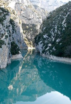 Verdon Gorge is a river canyon in the southeastern section of France. The gorge is home to the Verdon River, known for its starling turquoise water. A popular rock climbing, kayaking, hiking, and sight-seeing destination. Beautiful Places In The World, Beautiful Places To Visit, Places Around The World, Oh The Places You'll Go, Places To Travel, Travel Destinations, Around The Worlds, Amazing Places, Beautiful Hotels