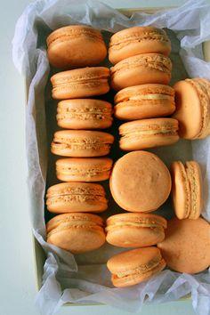 Pumpkin Spice Macaron | Oh Sweet Day!
