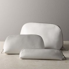 Leather Wash Bag   The White Company