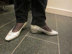 Eine Kollegin aus dem Historischen Museum Frankfurt schickt uns über Twitter ein Schuhfoto: 1 #Foto für die #Lieblingsschuhe - die lang gehüteten Schuhe der Kollegin bei der Weihnachtsfeier.