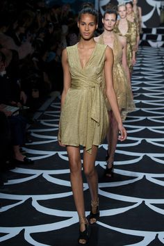 DVF, Fall RTW 2014 - Cindy Bruna, who is this girl? She has been walking in ALL the shows...
