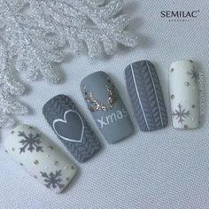 48 Amazing Nail Art Designs For Christmas - Gel Nails Xmas Nail Art, Christmas Gel Nails, Christmas Nail Art Designs, Winter Nail Art, Holiday Nails, Winter Nails, Snow Nails, Love Nails, Fun Nails