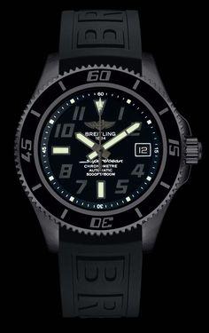 Superocean 42 Blacksteel - Breitling - Instruments for Professionals