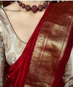 Silk Saree Blouse Designs, Saree Blouse Patterns, Blouse For Silk Saree, Designer Saree Blouses, Gold Silk Saree, Wedding Saree Blouse Designs, Red Saree, Saree Look, White Saree