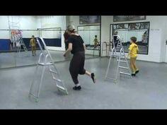 Лёва - Tap dance на лестнице-1 - YouTube